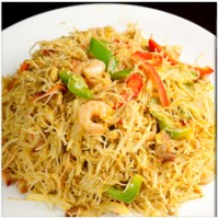 Singapore Rice Noodles (Curried)